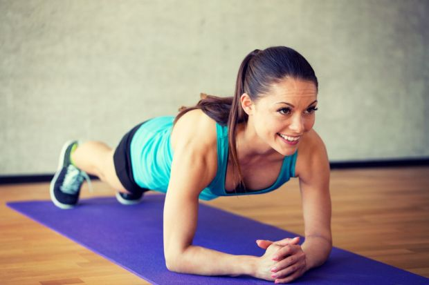 woman-doing-plank